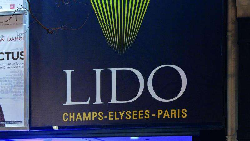 Le Lido emblématique des soirées parisiennes